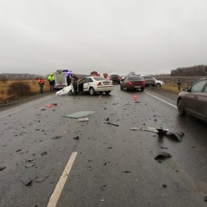 При массовом ДТП в Тульской области погиб водитель и пострадали два человека